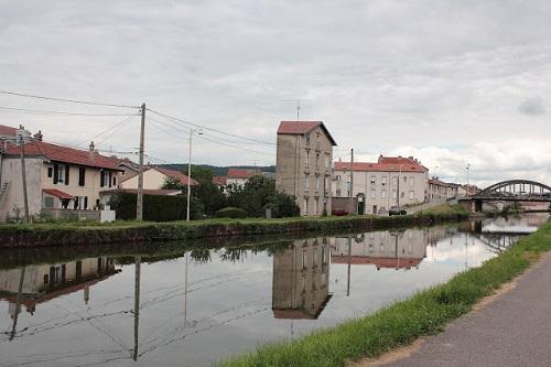 Ville de Nancy - Reflet rue Mollevaut