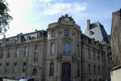 Ville de Nancy Institut de mathématiques et de physique