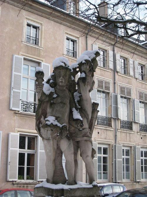 Ville de Nancy sous la neige - Détail angle de la place Carrière