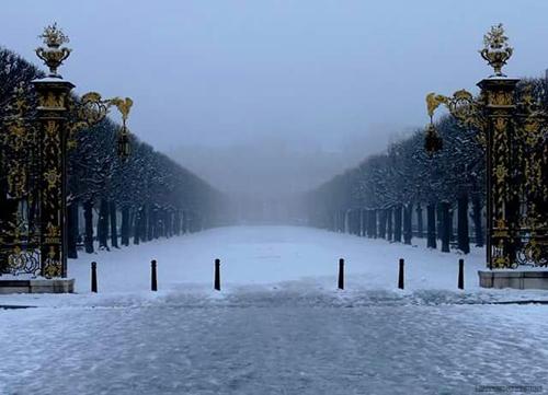 Ville de Nancy - Neige sur la place de la Carrière