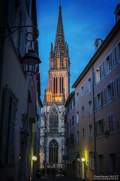 Ville de Nancy - Saint-Epvre depuis la rue de la Charité