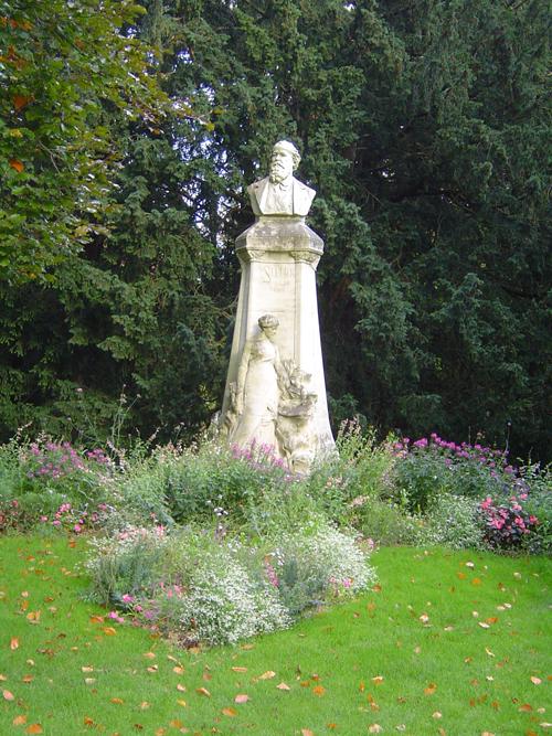 Ville de Nancy - Statue de Monsieur Sellier