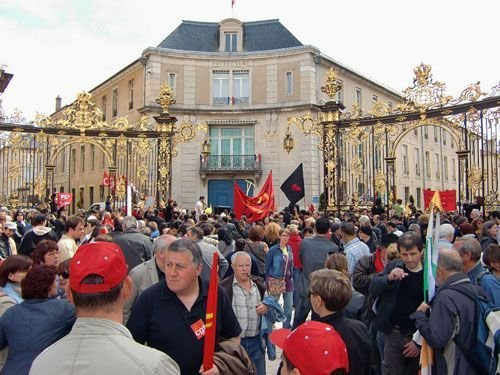Ville de Nancy - Place Stanislas un 1er mai