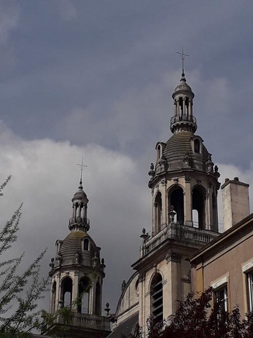 Ville de Nancy - Cathédrale vue de la rue du manège