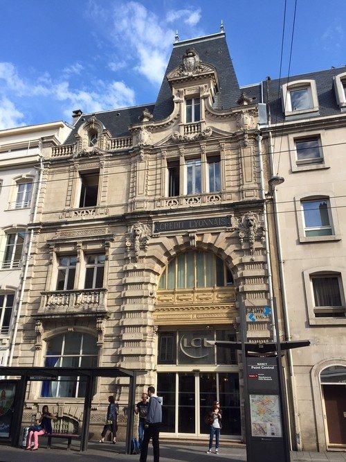 Ville de Nancy - Façade Crédit Lyonnais rue Saint-Jean
