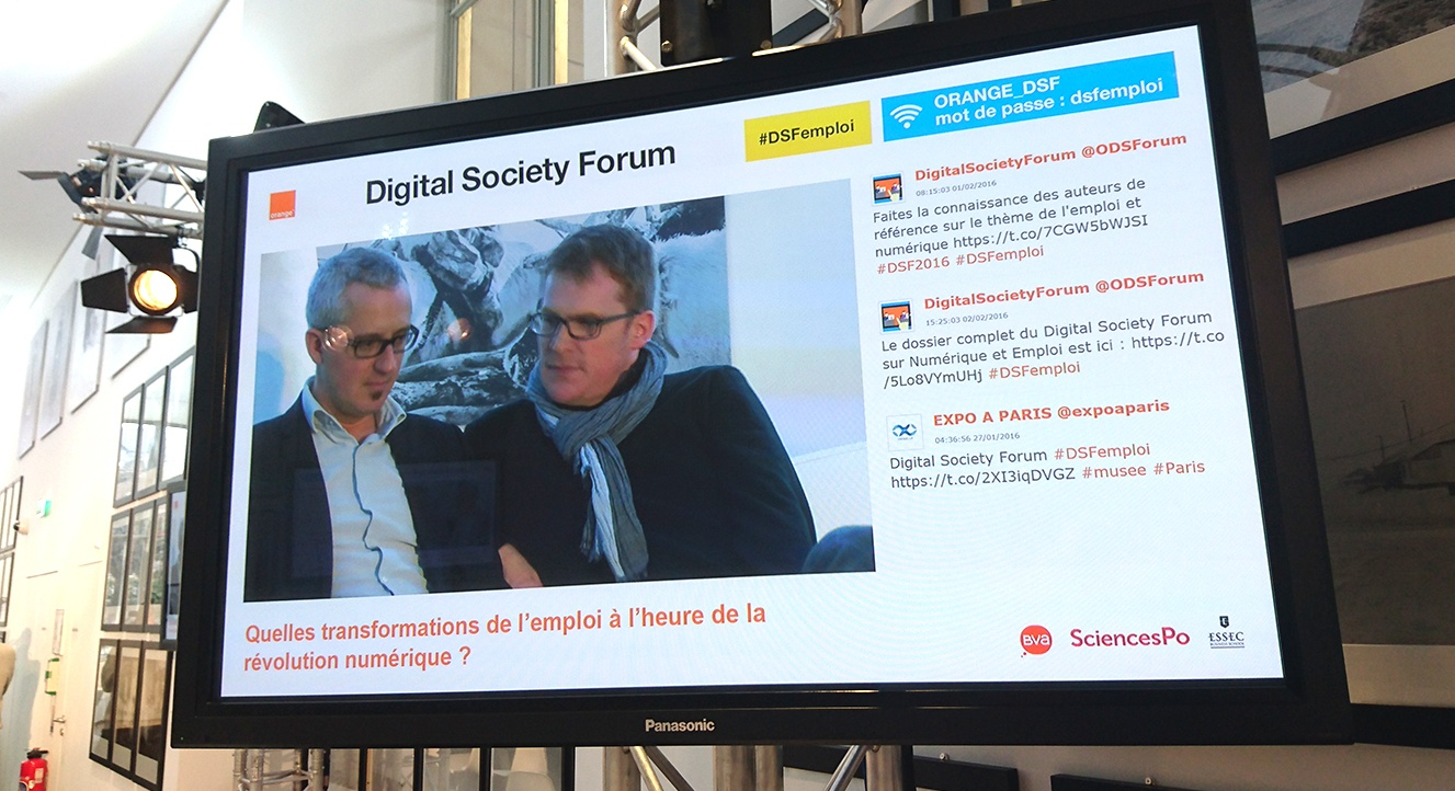 Tweet Wall - Digital Society Forum