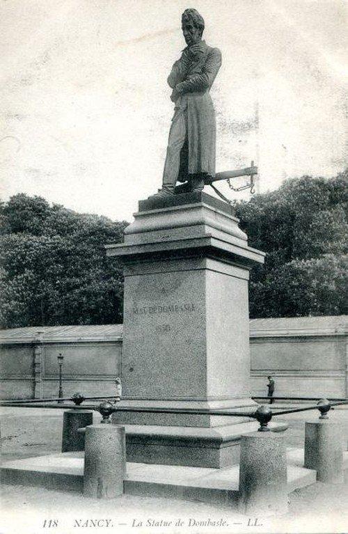 Ville de Nancy - Carte postale de la statue de Mathieu de Dombasle