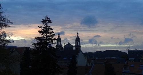 Ville de Nancy - Vue de la Cathédrale depuis la rue des Jardiniers