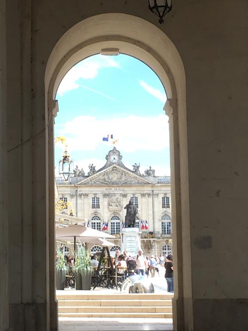 Ville de Nancy - Stanislas sous l'arc