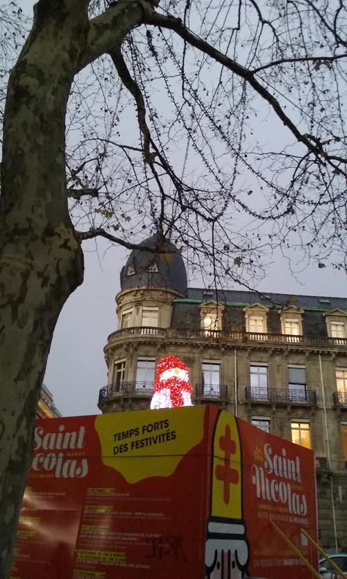 Ville de Nancy - Place Magimot en soirée #Noël
