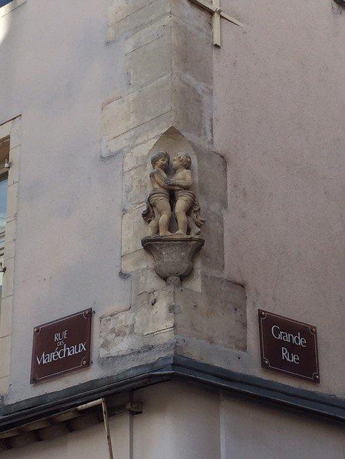 Ville de Nancy - Angle grande rue / rue des maréchaux