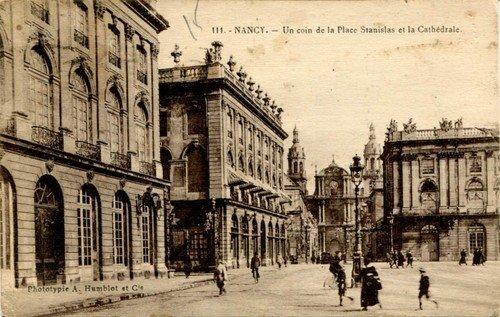 Ville de Nancy - Carte postale de la cathédrale depuis la place Stanislas