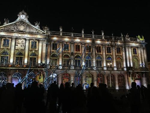 Ville de Nancy - La facade est possédée !