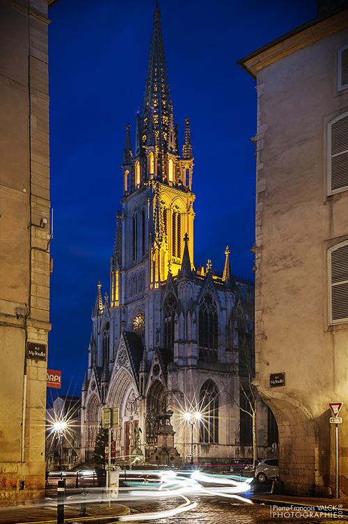 Ville de Nancy - Saint-Epvre depuis la rue Monseigneur Trouillet