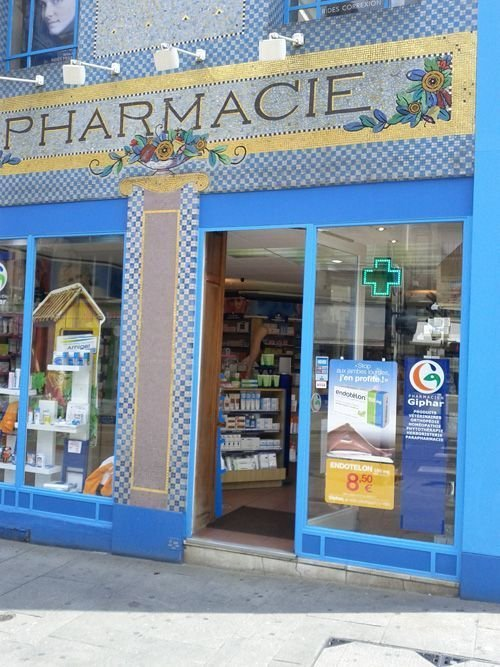 Ville de Nancy Pharmacie rue Saint-Jean