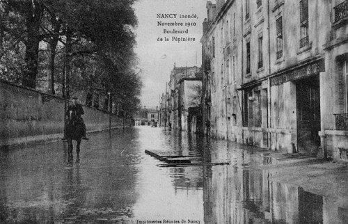 Ville de Nancy - Carte postale de l'inondation de 1910 - Boulevard de la pépinière