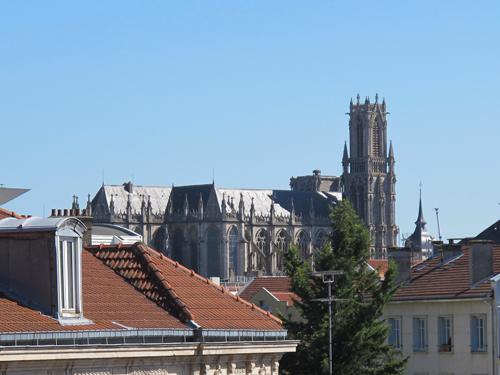 Ville de Nancy -  L'Eglise St Pierre à Nancy depuis la rue des Jardiniers.