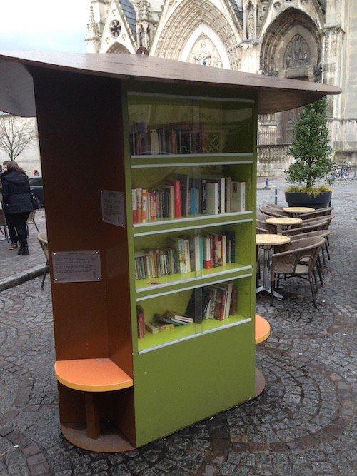 Ville de Nancy - L'arbre à lire