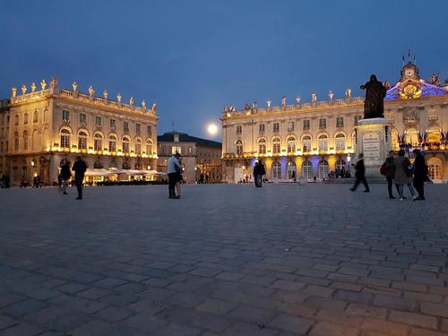 Ville de Nancy - Amoureux place Stanislas