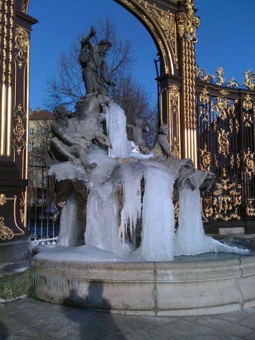 Ville de Nancy Place Stanislas sous la glace