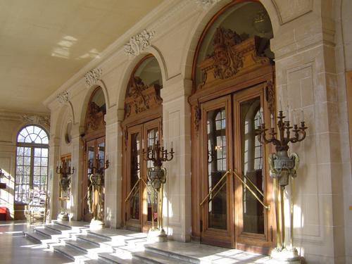 Ville de Nancy -  Entrée de l'Opéra National de Nancy.