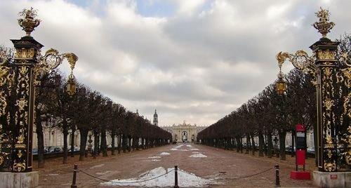 Ville de Nancy - Vue de la place Carrière depuis le palais du Gouverneur